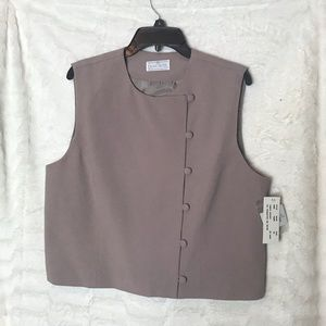NWT Womens Don Caster Vest